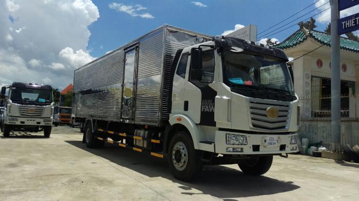 Giá xe tải faw 7.2 tấn thùng kín chở cấu kiện điện tử, mút xốp | Khuyến mãi 20 triệu tháng 5 1