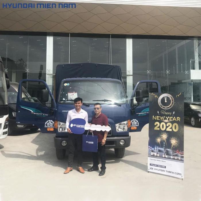 Giá xe tải Hyundai New Mighty 75S thùng mui bạt 3,5 tấn bảo hành 5 năm 17