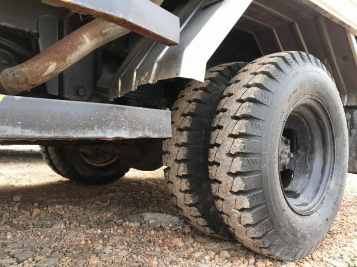 cần bán xe tải h100 nhập khẩu thùng kín đời 2011 giá thanh lý tphcm 8