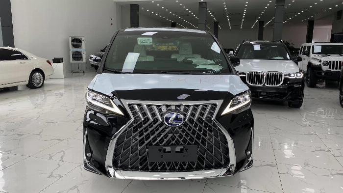 Bán Lexus LM 300h sản xuất 2020,4 chố siêu Vip, đẳng cấp doanh nhân, giá tốt nhất Việt Nam.