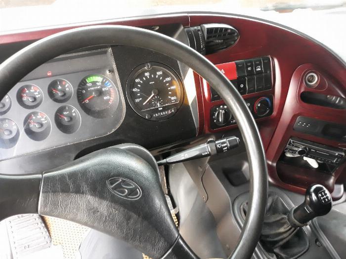 cần bán xe tải hd320 đời 2014 xe bao thợ thầy , xem xe tphcm 9