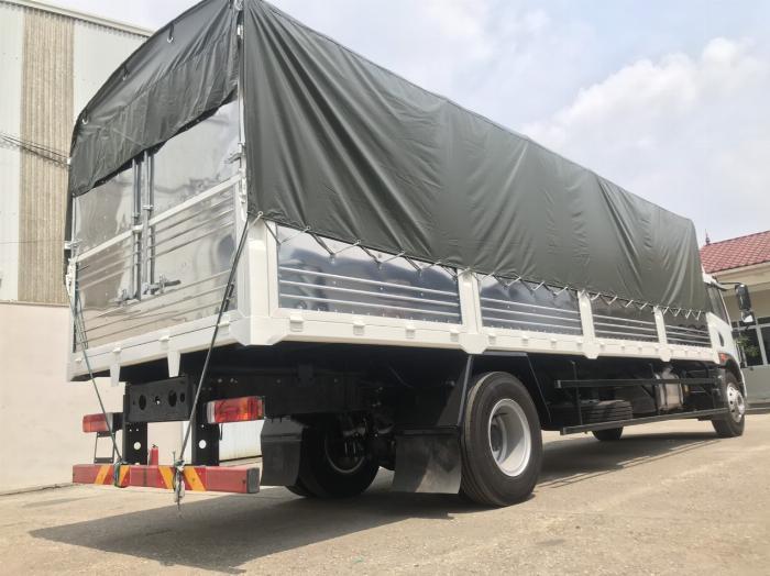 Xe tải faw 8T2 thùng dài 8.2m mới 2020 1