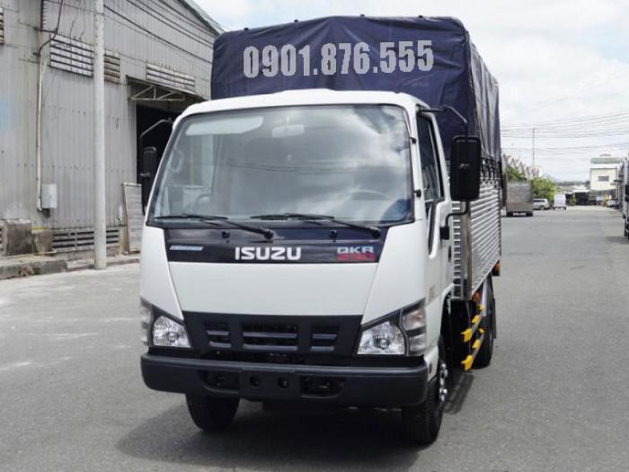 Xe tải Isuzu QKR230 hỗ trợ trả góp giá tốt 120tr nhận xe 2