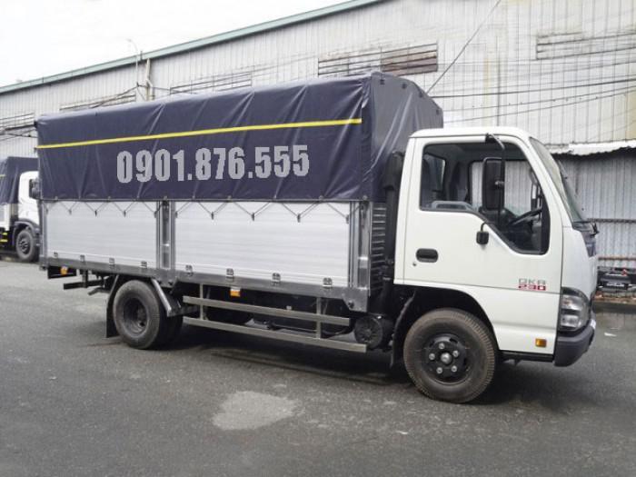 Xe tải Isuzu QKR230 hỗ trợ trả góp giá tốt 120tr nhận xe 6