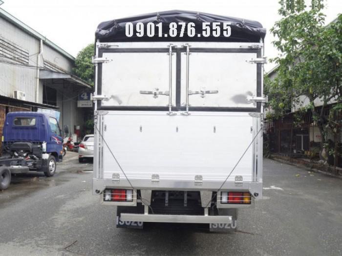 Xe tải Isuzu QKR230 hỗ trợ trả góp giá tốt 120tr nhận xe 5