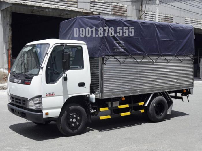 Xe tải Isuzu QKR230 hỗ trợ trả góp giá tốt 120tr nhận xe 4