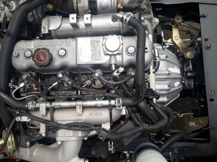 Động cơ xe IZ65 Gold mạnh mẽ, bền bỉ