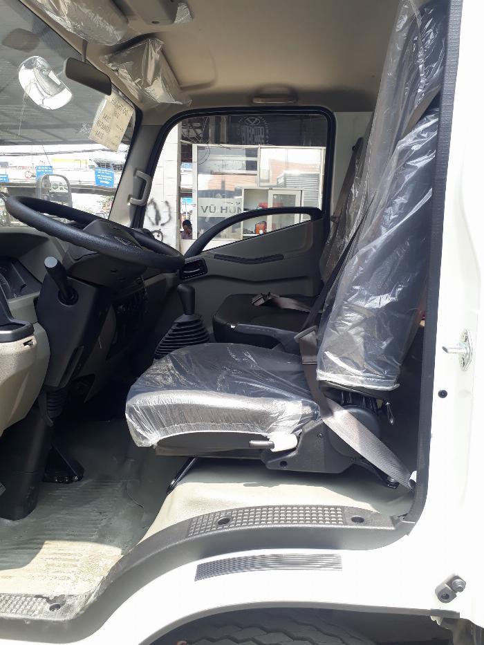 Nội thất xe tải IZ65 Gold thiết kế thoải mái, tiện nghi
