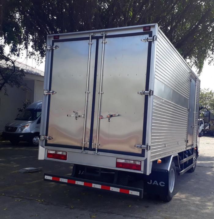 Báo giá xe tải jac 3,45t thùng kín
