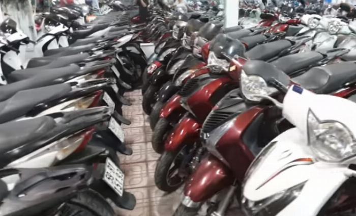 Khu chợ xe máy cũ tại Tân Phú