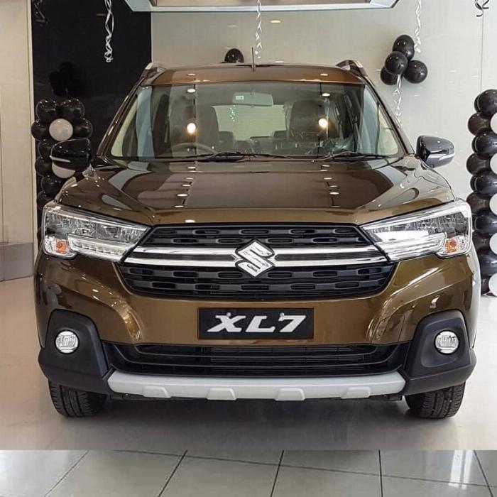 Đầu xe hơi Suzuki XL7
