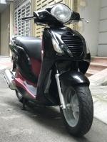 PS 150i màu đen nhập Ý Fi phun xăng điện tử