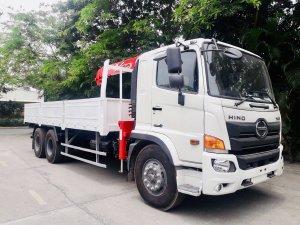 Xe tải 3 chân HINO FL8JW7A gắn cẩu UNIC URV555 5 tấn 5 khúc - Trả Góp