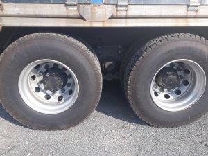 giá xe tải dongfeng 4 chân ga cơ-hỗ trợ trả góp