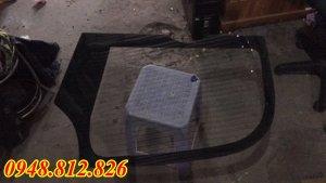 kính máy xúc ,phụ tùng cho máy xúc