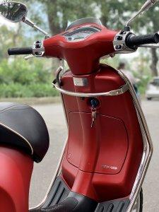 Cần bán Sprint iGet ABS cuối 2017 màu đỏ thời trang đẹp miễn chê