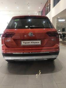 Tiguan Highline tặng 100% VAT xe nhập khẩu nguyên chiếc châu Âu