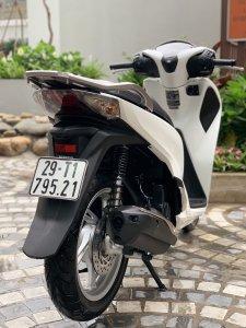 Cần bán SH Việt 125 CBS 2018 màu trắng cực đẹp