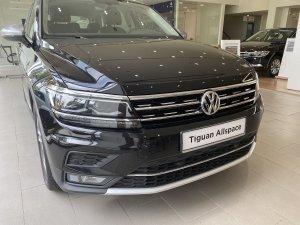 Tặng ngay 100% phí trước bạ khi mua Tiguan Allspace SUV 7 chỗ nhập khẩu