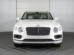 Bán Bentley Bentayga 3.0 hybrid 2020 xe nhập mới 100%, Giá cực tốt