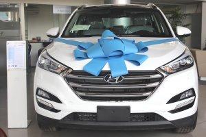 HYUNDAI TUCSON TRẮNG 2020 xe có sẵn