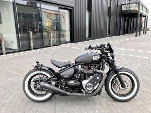 Triumph BOBBER BLACK NEW 100%