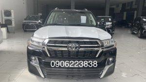 Bán xe Toyota Land Cruiser 5.7 VXS 2021, xe có sẵn giao ngay, giá siêu rẻ.