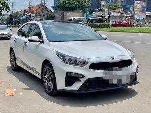 Cần bán kia cerato 1.6MT 2019 form mới xe chuẩn đẹp
