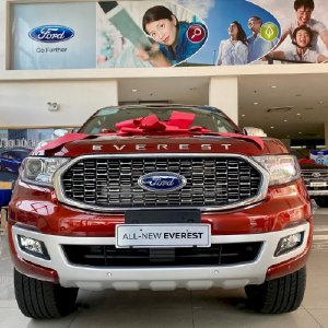Ford Everest 2021 vừa ra mắt giảm giá gần 100 triệu đồng - XeMuaBanNhanh