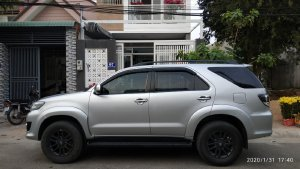 Xe Toyota Fortuner 2016