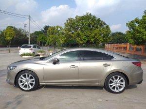 Mình cần bán Mazda 6 2017, tự động 2.5, màu vàng cát