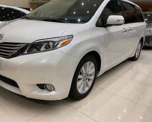 Toyota Sienna Limited sản xuất 2016 màu trắng