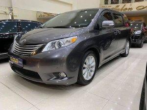 Toyota Sienna màu  xám bút chì (màu hiếm)  Limited  3.5 đời 2014