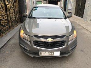 Nhà mình bán Chevrolet Cruze 2018 LT, số sàn, màu xám