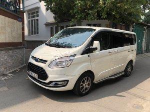 Cần bán Ford Tourneo Limited 2019 đk 2020, tự động, màu trắng cực đẹp,