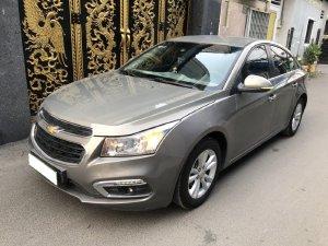 Chevrolet Cruze 2018 LT, số sàn, màu xám