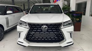 Giao ngay Lexus LX570 Super sport sản xuất 2021 nhập Trung Đông, giá tôt.