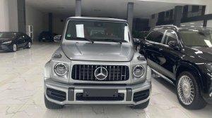 Bán Mercedes G63 AMG màu xám bạc cực đẹp, sản xuất 2021, xe có sẵn giao ngay.