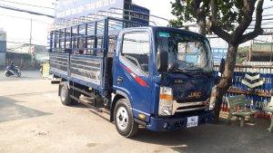 Gía xe tải JAC N350 3.5 tấn thùng bạt dải 4.4m đời 2021 máy ISUZU