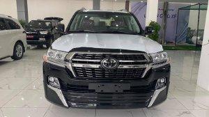 Bán xe Toyota Land Cruiser 5.7 VXS sản xuất 2021, 8 chỗ màu đen, Xe Nhập mới 100%, giao ngay toàn quốc.