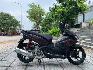 Chính chủ cần bán Honda air blade 2019 bản đen mờ