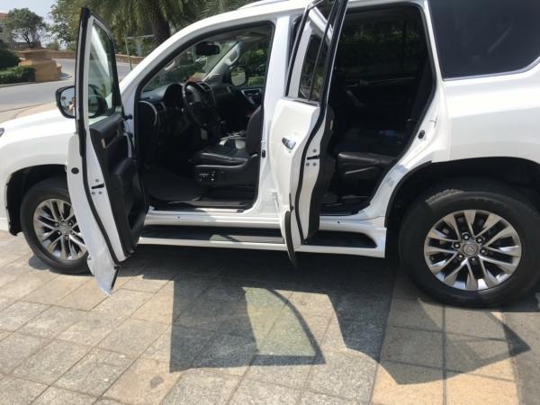 Bán xe Lexus GX460 đời 2016 màu trắng nội thất đen 7