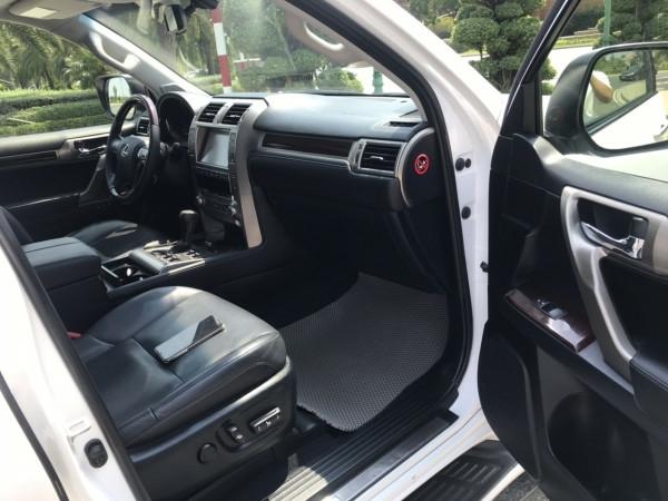Bán xe Lexus GX460 đời 2016 màu trắng nội thất đen 11
