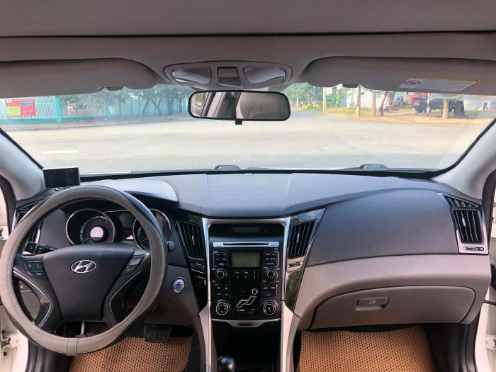 Bán xe Hyundai Sonata sx 2011 màu trắng cực đẹp, xe cũ nhưng đi kỹ giữ gìn 11