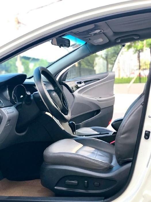 Bán xe Hyundai Sonata sx 2011 màu trắng cực đẹp, xe cũ nhưng đi kỹ giữ gìn 6