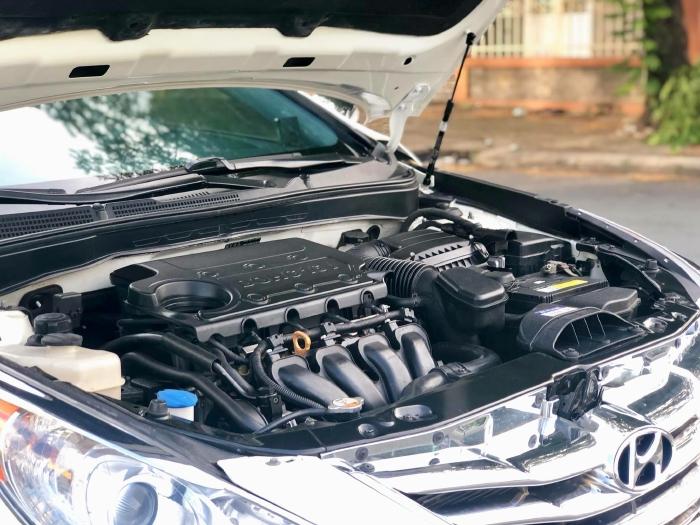 Bán xe Hyundai Sonata sx 2011 màu trắng cực đẹp, xe cũ nhưng đi kỹ giữ gìn 17