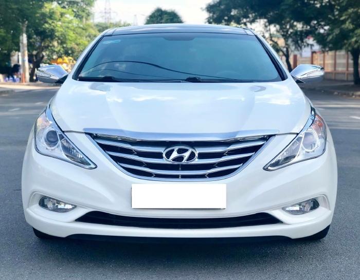 Bán xe Hyundai Sonata sx 2011 màu trắng cực đẹp, xe cũ nhưng đi kỹ giữ gìn 19
