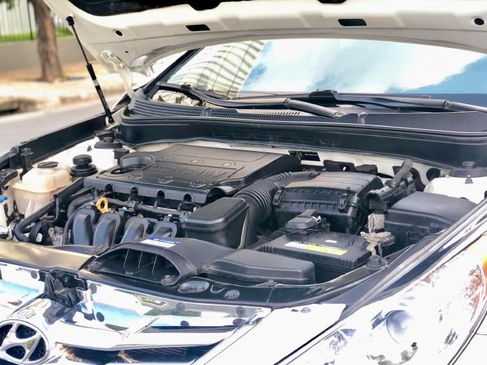 Bán xe Hyundai Sonata sx 2011 màu trắng cực đẹp, xe cũ nhưng đi kỹ giữ gìn 20