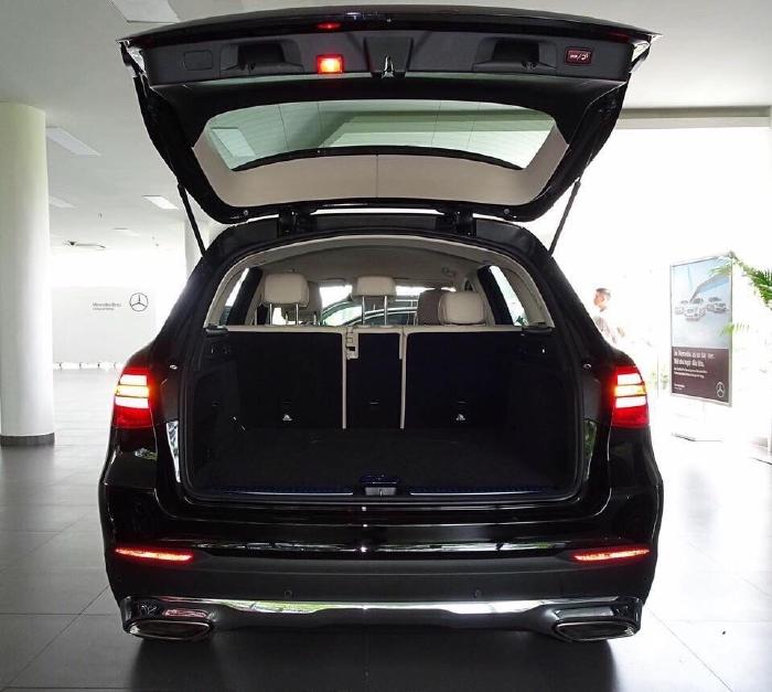 Mercedes GLC200 2020 Ưu Đãi Lên Đến 80 Triệu 1