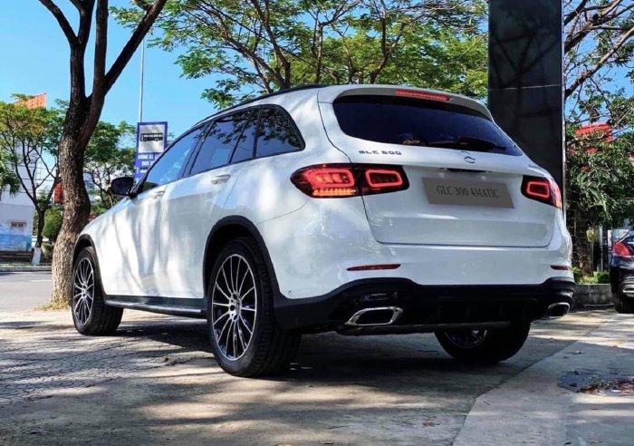 Mercedes GLC200 2020 Ưu Đãi Lên Đến 80 Triệu 10